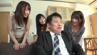 Lucky father and 3 step-daughter (full video 120mins at j.gs/CsSE)